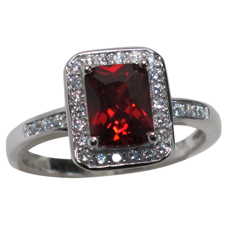 lovely 1 5 ct emerald cut garnet 925 sterling silver ring